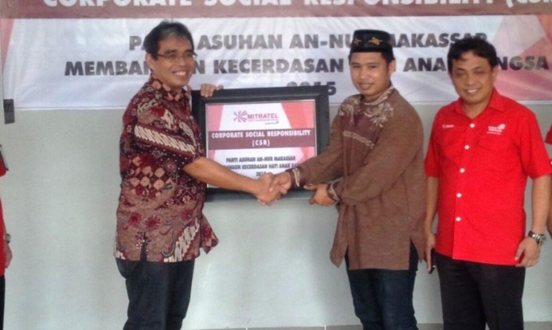 Mitratel Serahkan Bantuan Pendidikan di Makassar
